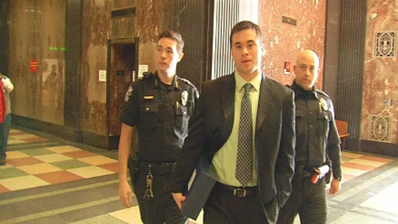 Judge To Allow Cameras In Courtroom During Holtzclaw Verdict