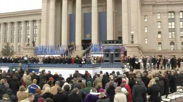 Fallin Lays Out Priorities In Inauguration Address