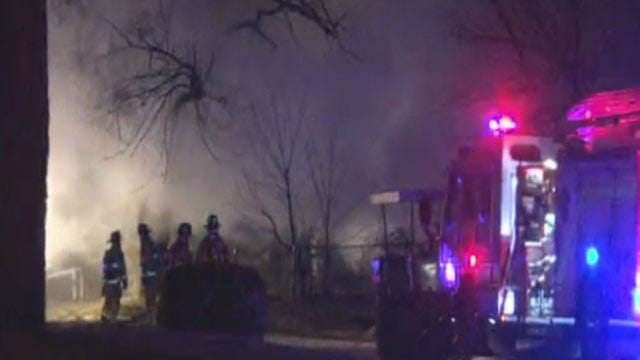 Officials: Neighbor Alerts OKC Family To Burning Home