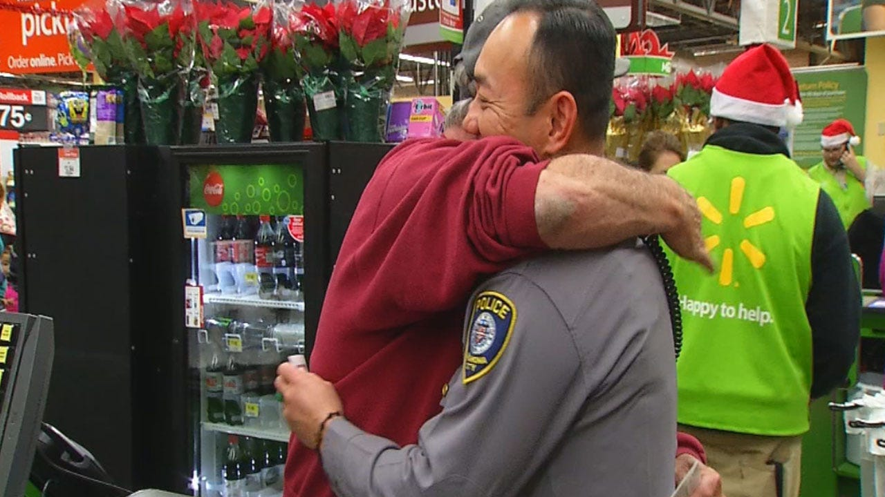 OKC FOP Officers Surprise Families By Buying Their Groceries