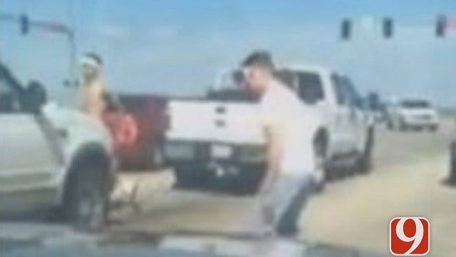 Norman Police Searching For Suspects Who Assaulted Man At Stoplight