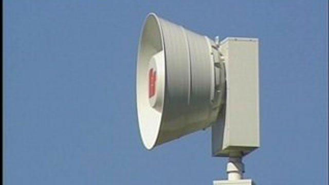 Tornado Sirens Being Repaired In A Grady County Town