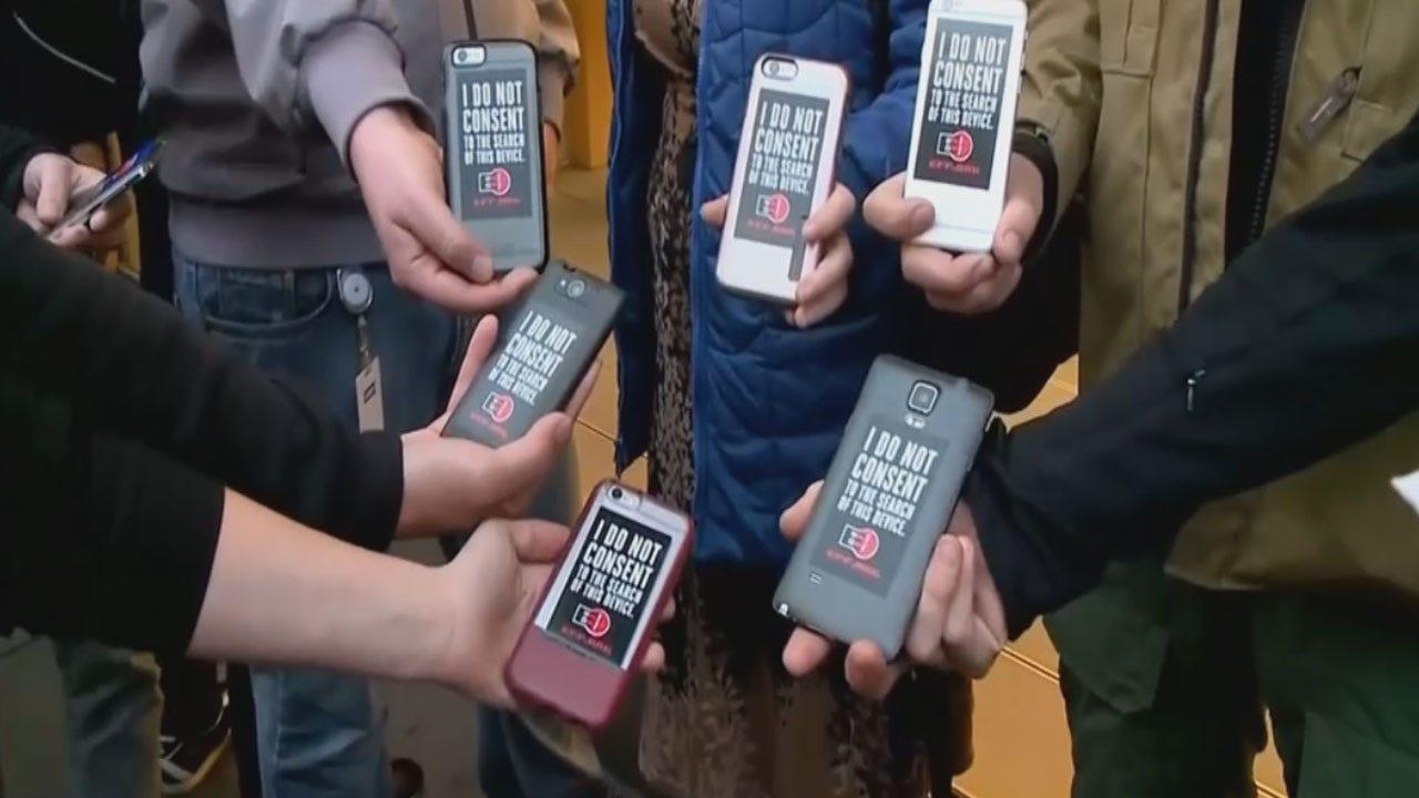 Apple Gains Support In Fighting Court Order To Unlock San Bernardino Shooter's Phone