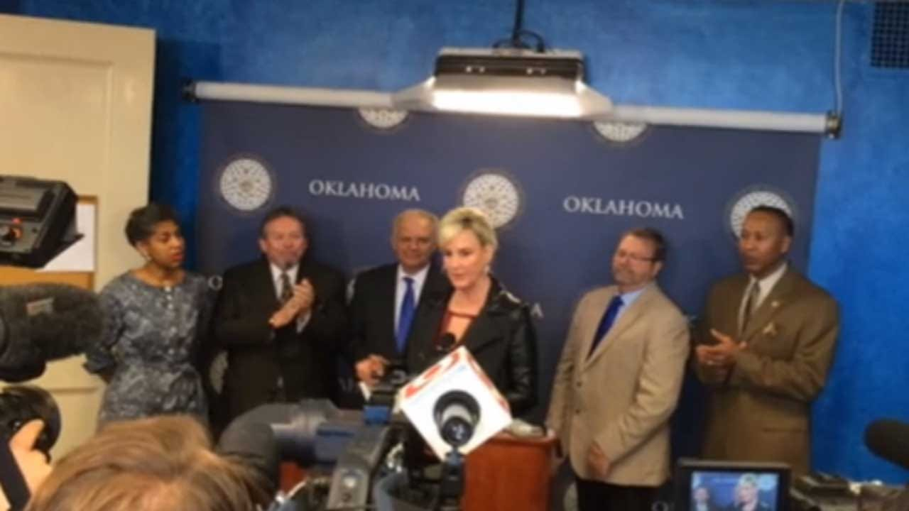 Erin Brockovich Joins Discussion Over Oklahoma Earthquakes