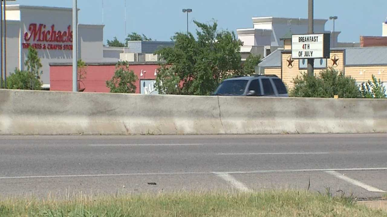 OK National Guardsman Helps Shooting Victim On Highway