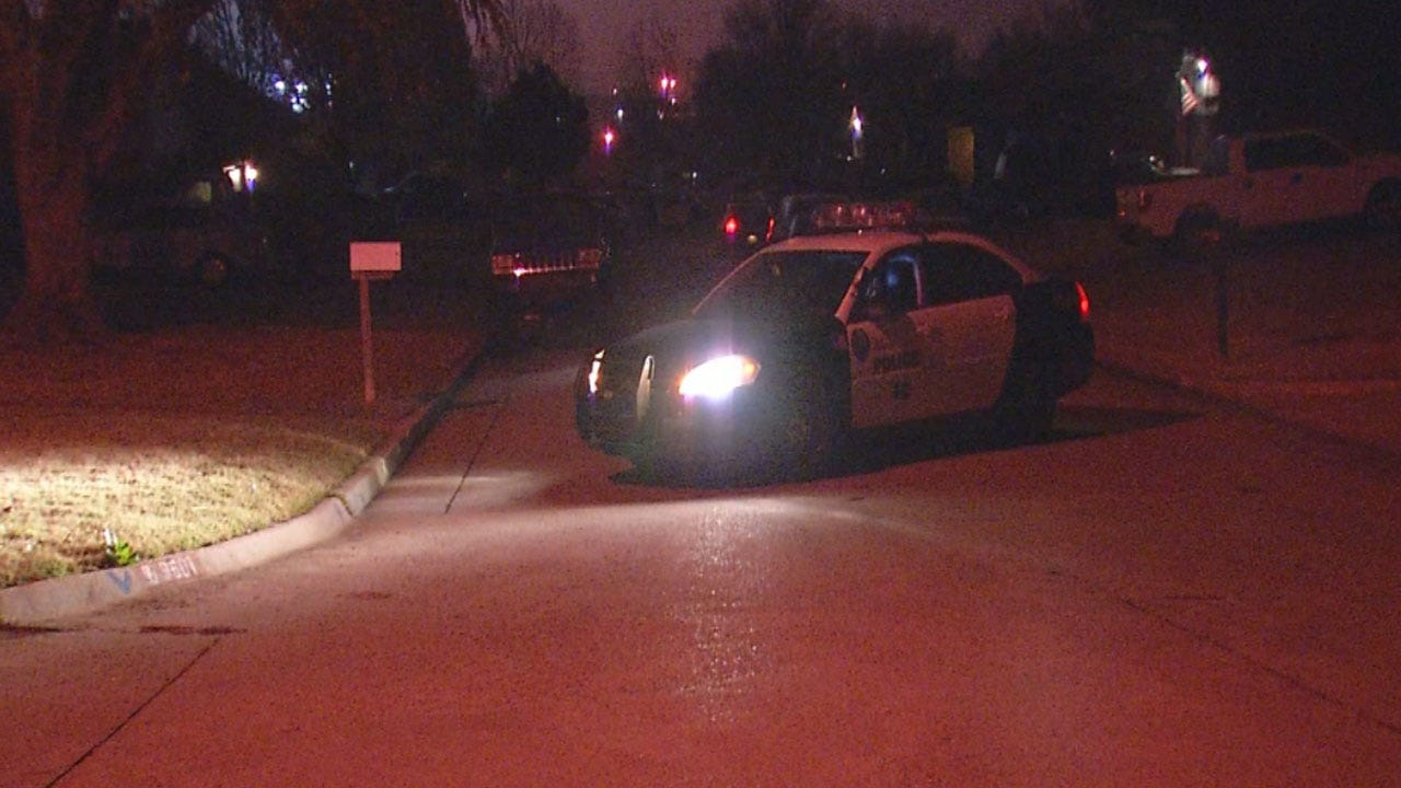 MWC Police: Man Shot, Killed After Breaking Into Ex-Girlfriend's Home
