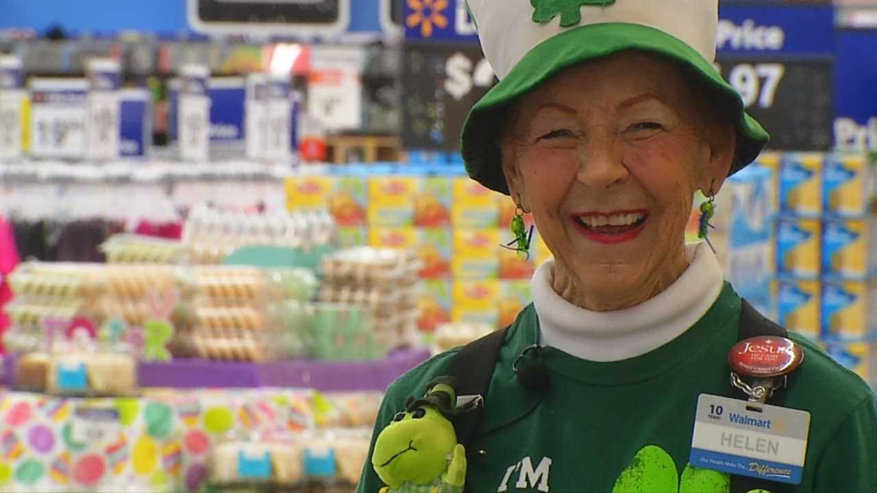 Red Dirt Diaries: Newcastle Wal-Mart Greeter Warms Hearts