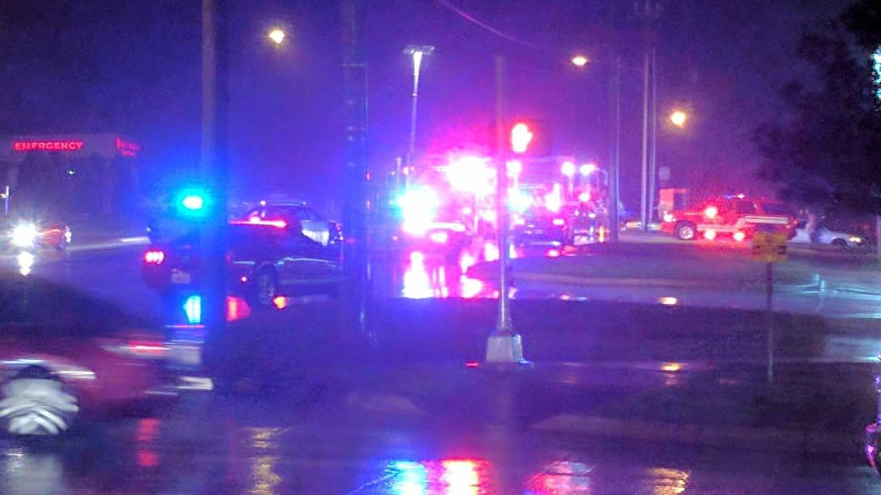 Police Locate Family Member Of Edmond Pedestrian Struck By Car