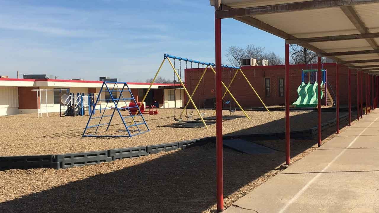 Oklahoma Schools Close As Seasonal Illnesses Spread