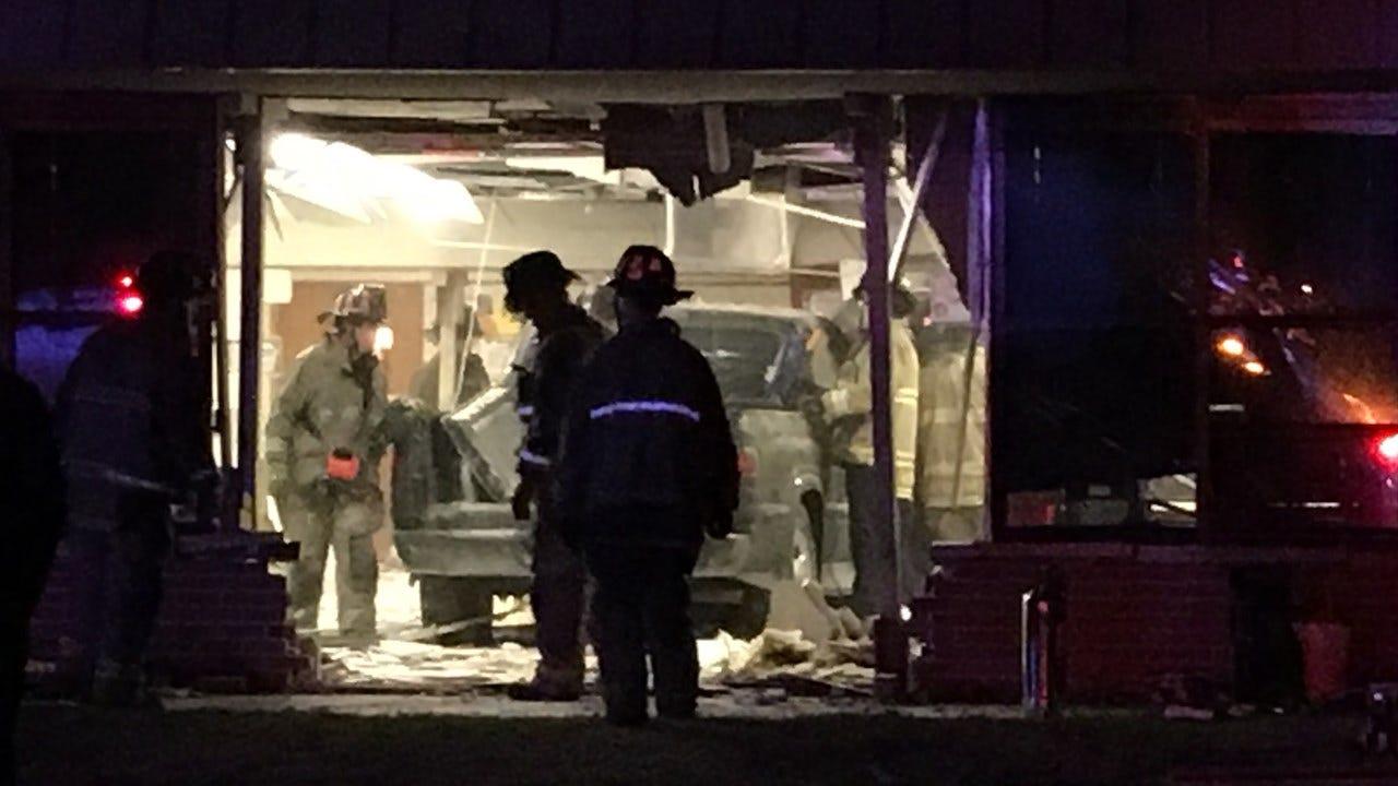 Car Crashes Into SW OKC Elementary School