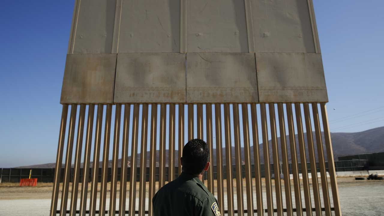 CBS News Poll: Most Americans Don't Support Building Border Wall