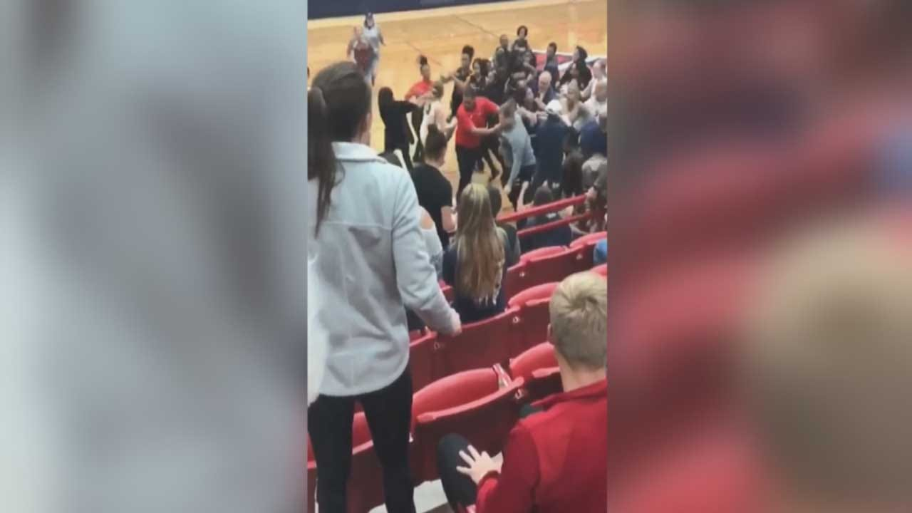 Coaches, Players And Parents Brawl At Tulsa/Ponca City HS Girls Basketball Game