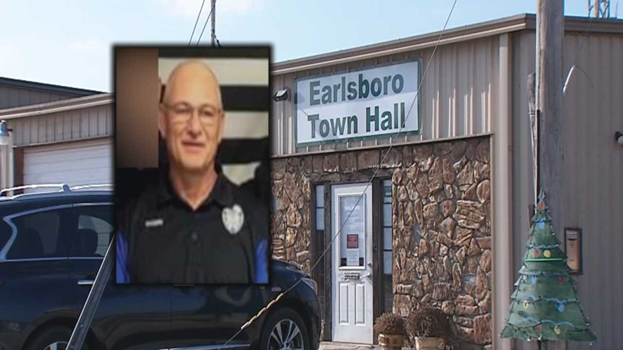 Embattled Earlsboro Police Chief Out