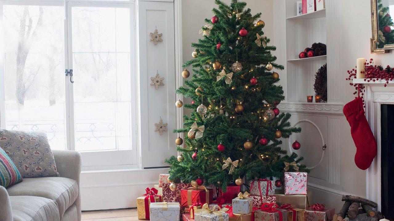Police Warn Your Christmas Trash Could Make You A Target