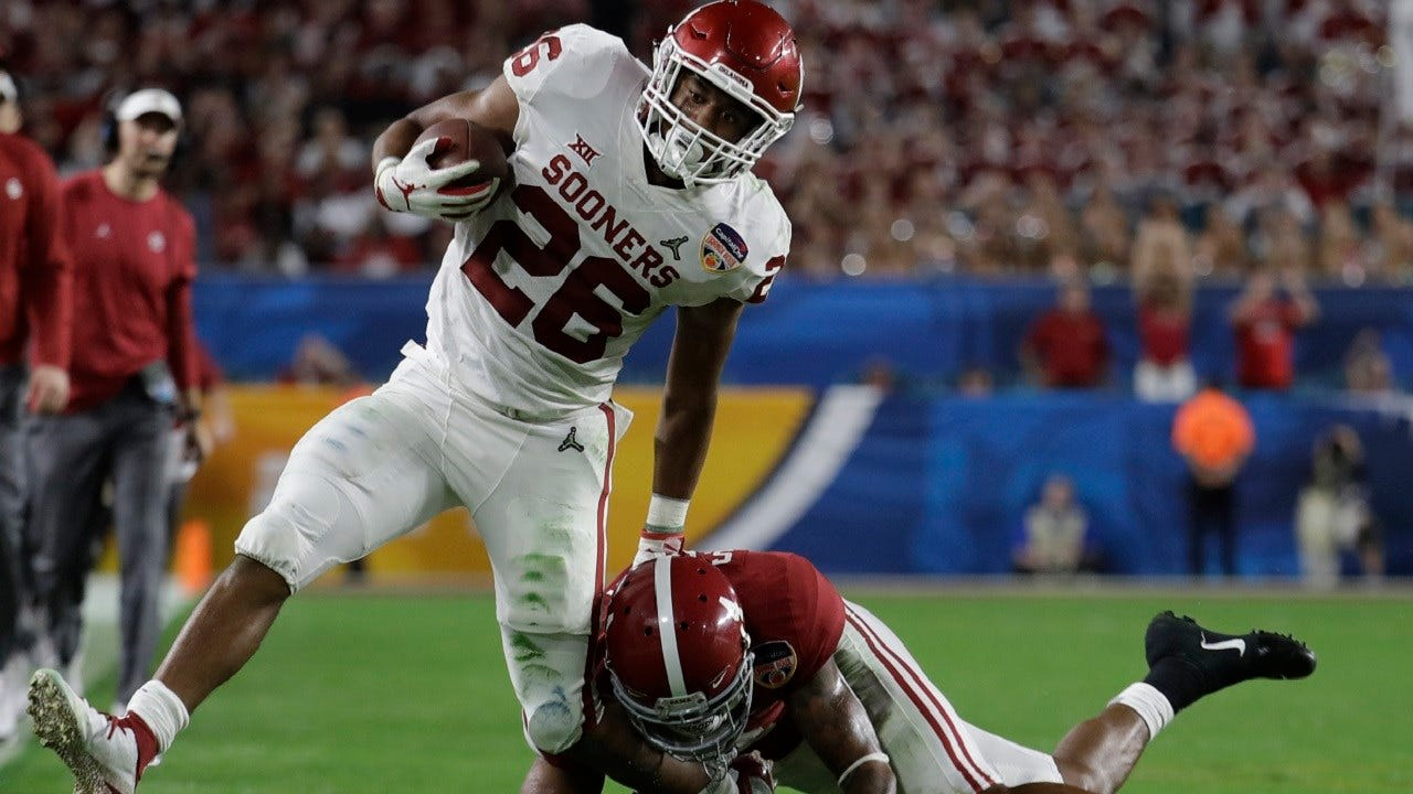 Alabama's Fast Start Too Much For Gritty Sooners, 45-34