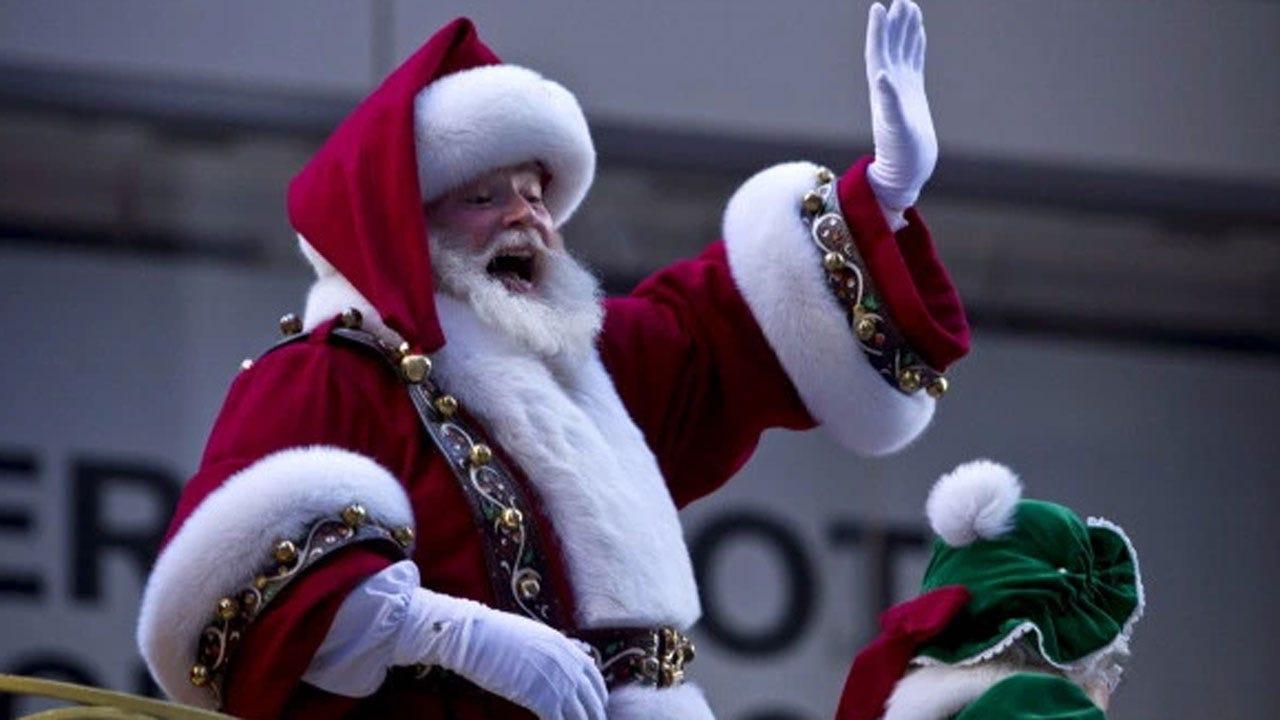 Substitute Teacher Tells First Grade Students Santa Isn't Real