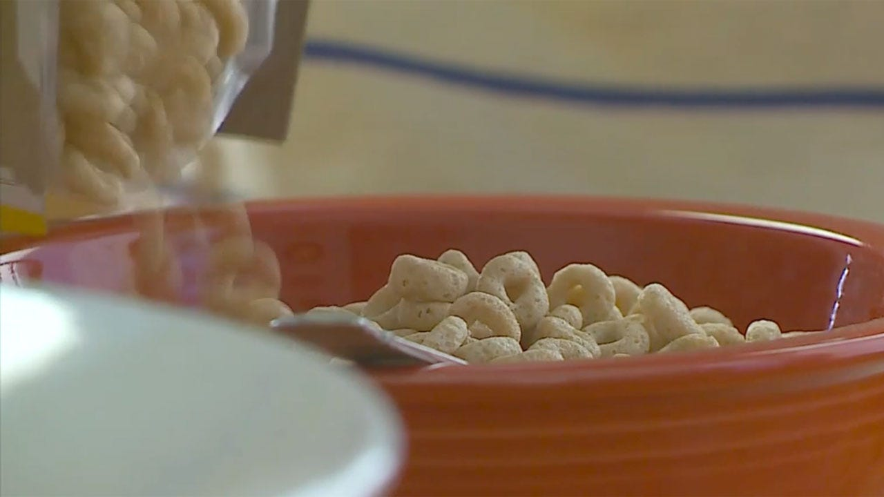 Oat Cereals, Snack Bars Test Positive For Trace Amounts Of Weed Killer In Roundup