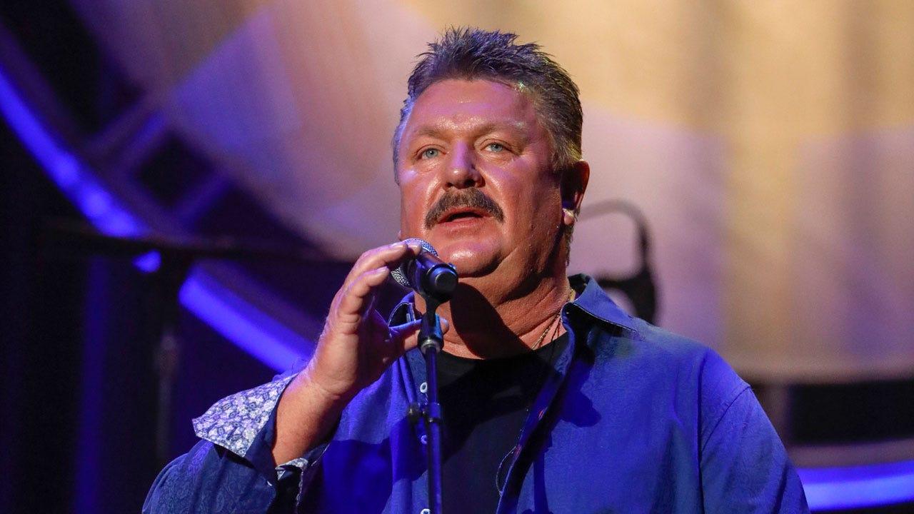 Oklahoma Native Joe Diffie Dies At 61 Due To Coronavirus (COVID-19)