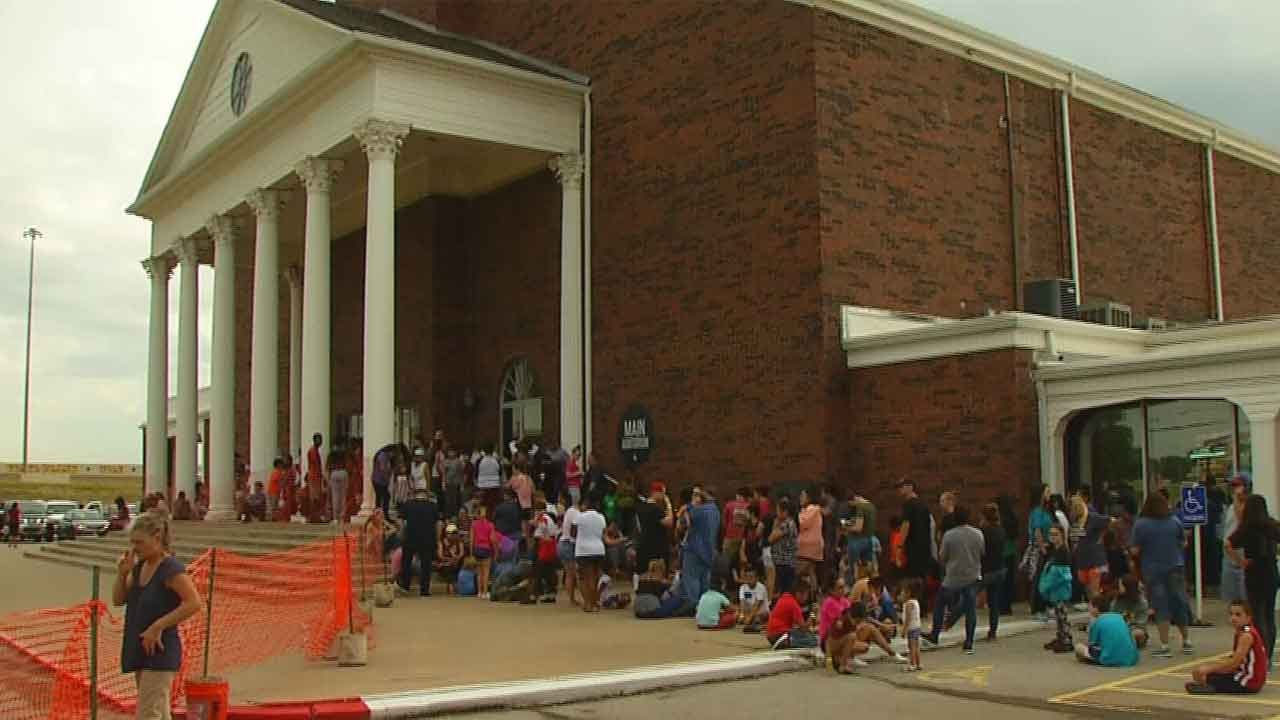 Oklahoma City Church Holds School Supply Drive For Children In Need