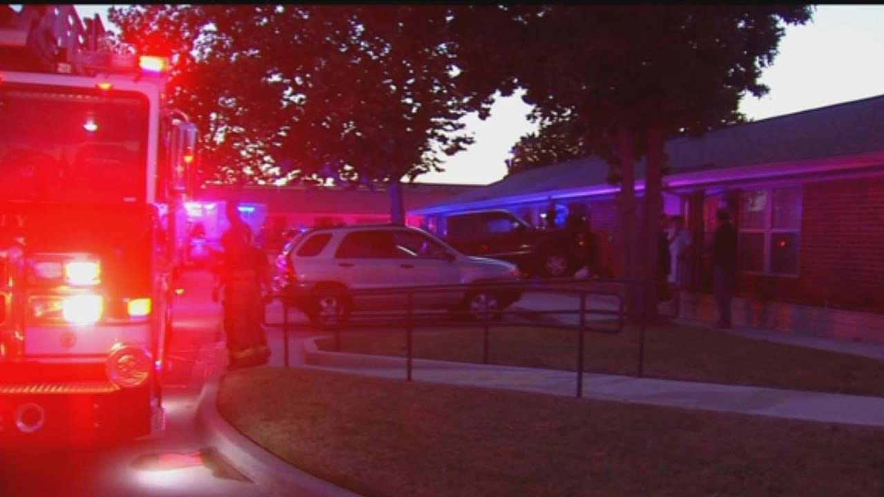 Driver Mistakenly Drives Into OKC Apartment, No One Injured