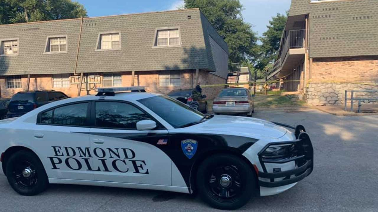 Edmond PD: Shooting Victim Found At Apartment Complex Near UCO