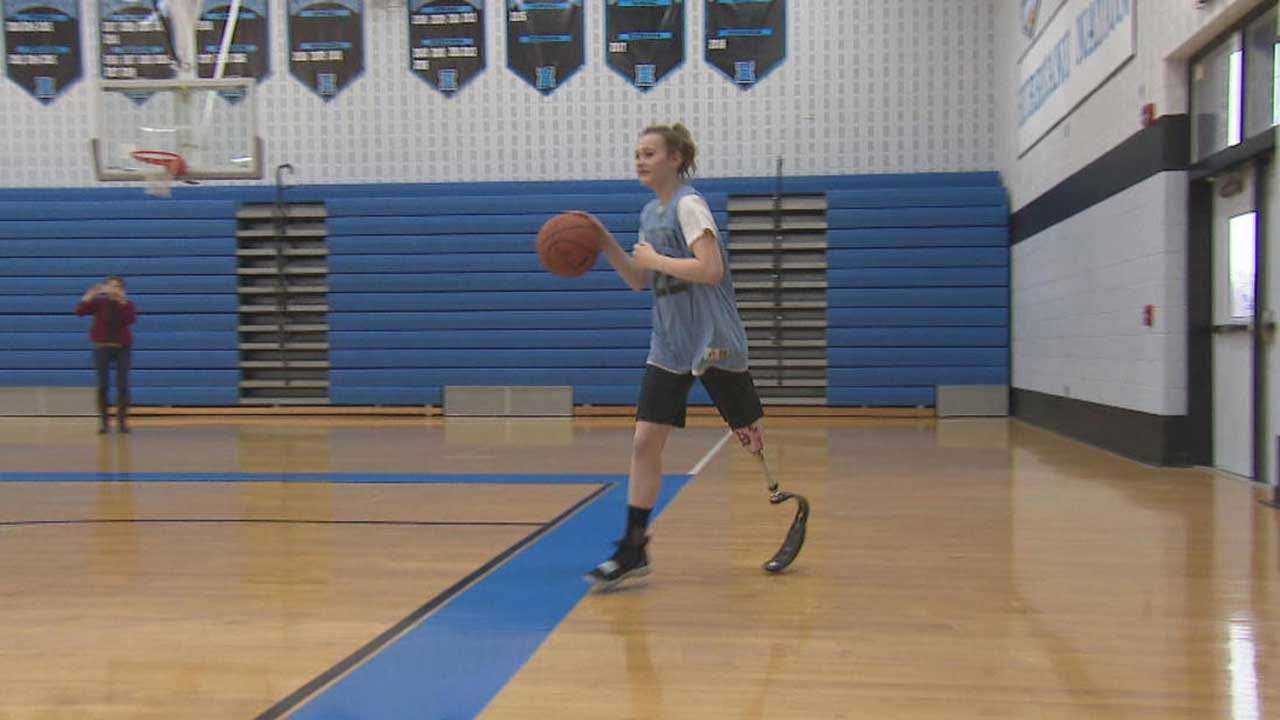 Teen Who Lost Part Of Her Leg To Cancer Now A Star On The Basketball Court