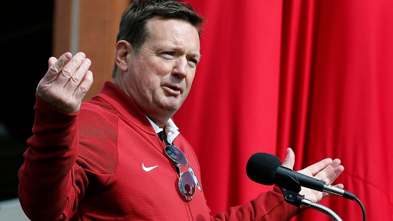 Bob Stoops To Be Named Dallas XFL Head Coach, GM