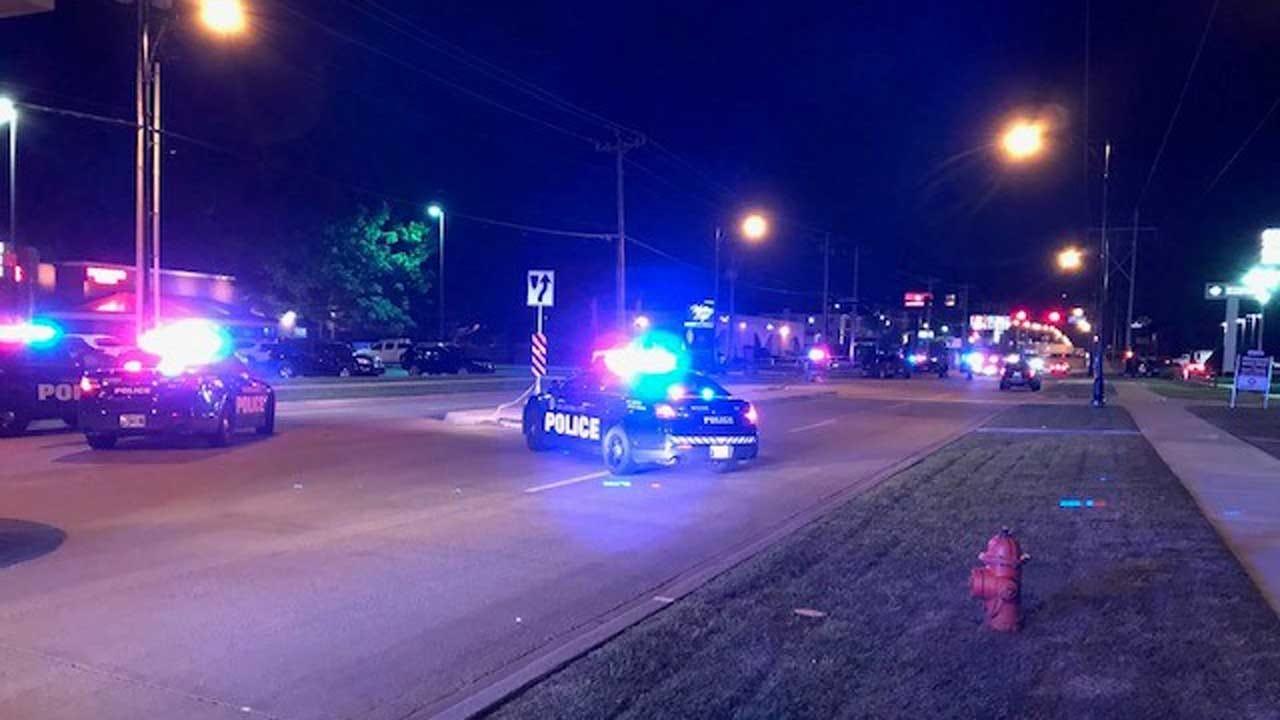 1 Dead Following Crash Involving Motorcycle In SW Oklahoma City