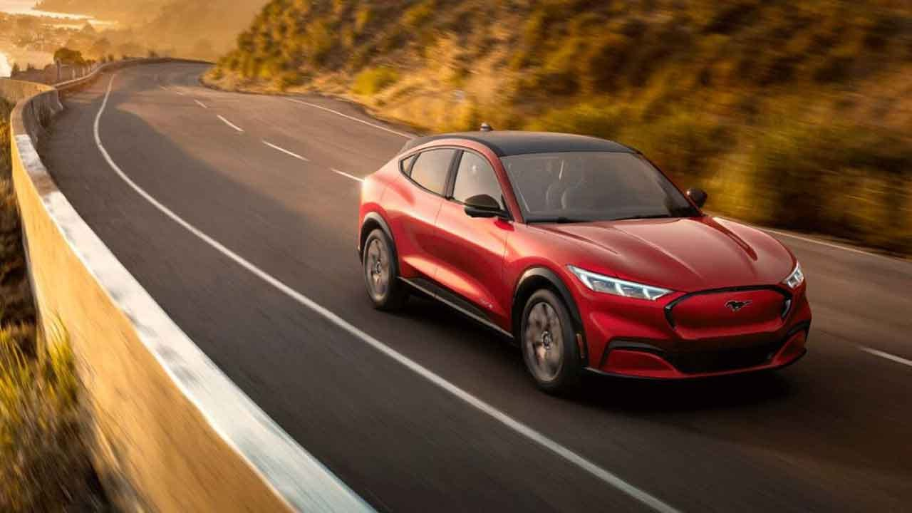 Ford Debuts 2021 Mustang Mach-E All-Electric SUV With Range Of Up To 300 Miles Per Charge