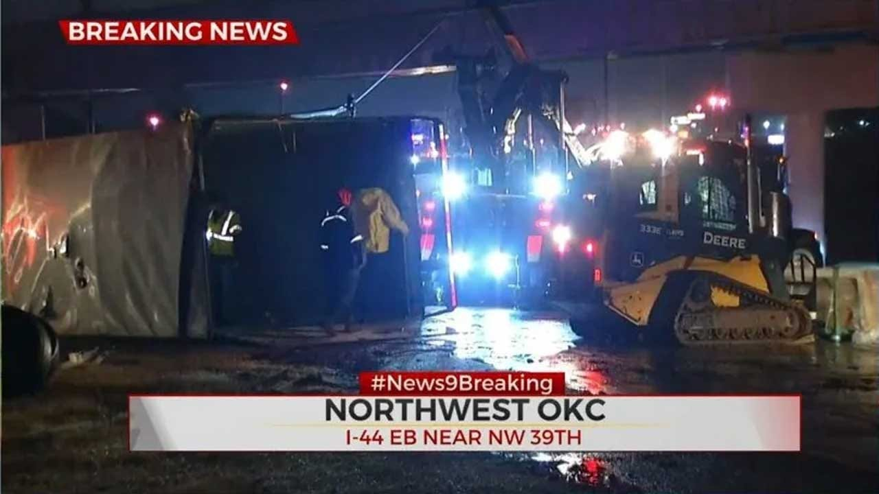 Overturned Tractor-Trailer Shuts Down NW 39th On-Ramp To EB I-44
