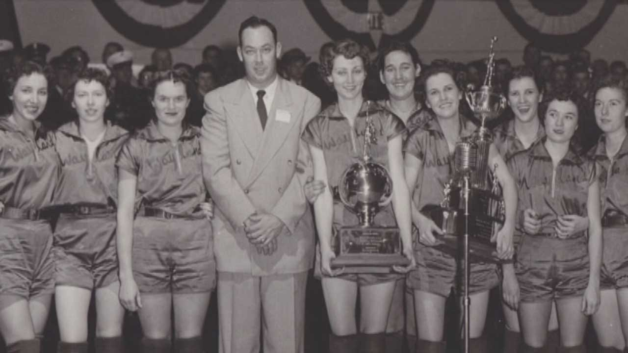 Red Dirt Diaries: 'Flying Queens' Inducted Into Basketball Hall Of Fame