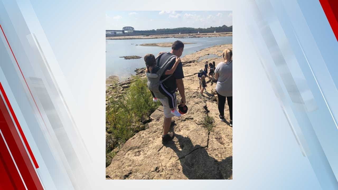 Teacher Carries 10-Year-Old With Spina Bifida On His Back So She Doesn't Miss Out On Field Trip