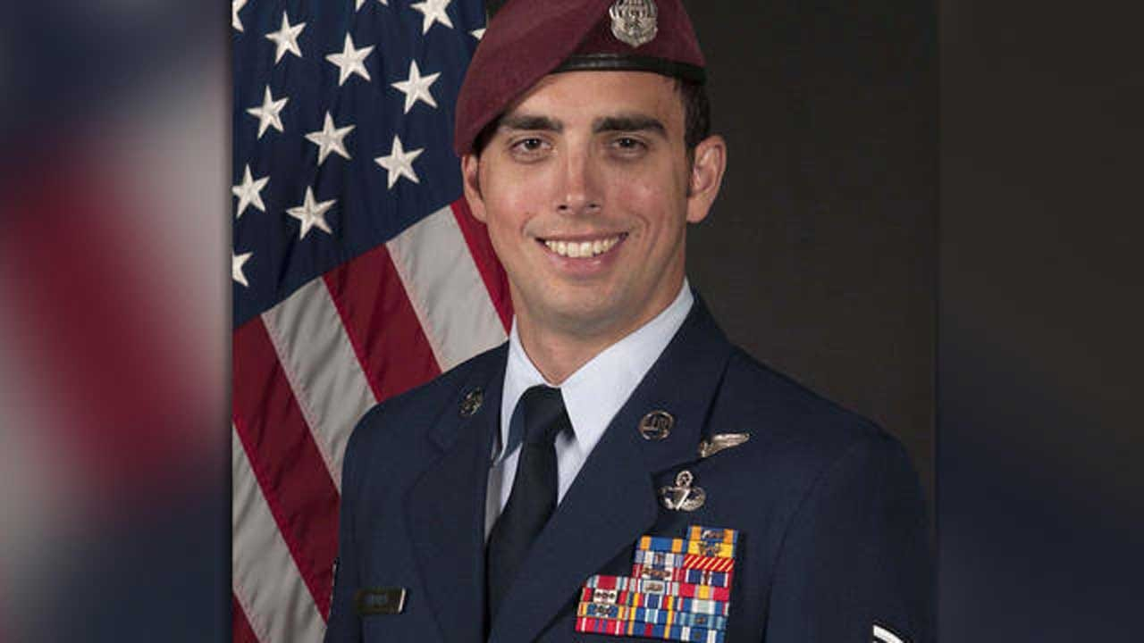 Airman Honored For Heroism Saves Child On His Flight To Pick Up The Award